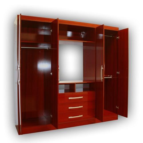 Yardas closet 4 puertas modelo s584 caoba for Modelos de closets para dormitorios